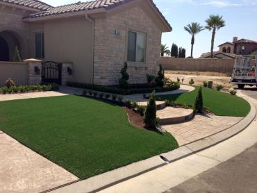 Artificial Grass Photos: Green Lawn Sierra Madre, California Backyard Playground, Front Yard