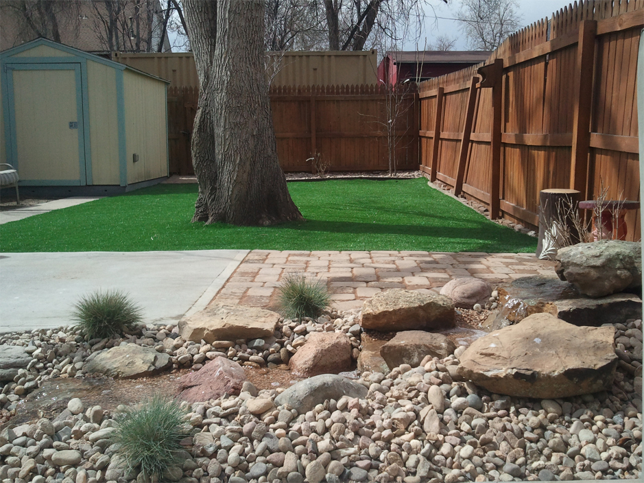 Artificial Turf Cost Hermosa Beach, California Landscape ... on Artificial Turf Backyard Ideas id=88350